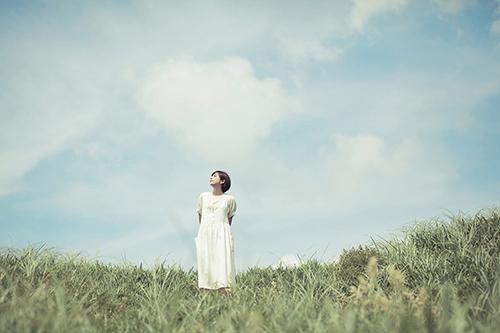 青空と草原.jpg